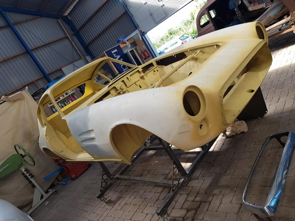 Body restauratie van een Fiat Ghia 1500 GT